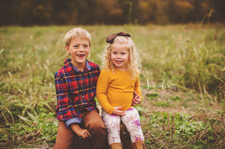 Fall Family Sessions in KY with Jennifer Rittenberry Photography | www.jlritt.com
